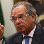 """BC vai """"chuveirar dinheiro"""" se houver depressão econômica, diz Paulo Guedes"""