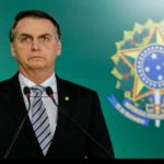 Bolsonaro determina abertura de salões de beleza e academias