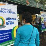 Eleições 2022: Aliança pelo Brasil próximo de coletar as assinaturas para o registro