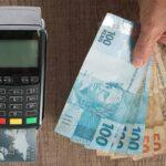 Bancos oferecem crédito a juros baixos a partir da máquina de cartão