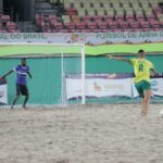 Nos pênaltis, Brasil elimina Angola e pega Uruguai na semifinal