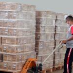 Governo de Goiás entrega a todos os municípios kits para vacina contra a Covid-19