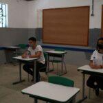 Justiça suspende retorno de aulas presenciais em escolas do Rio
