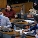 Senadores governistas protestam contra espaço da bancada feminina na CPI