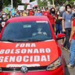 """PM que prendeu professor por """"Bolsonaro genocida"""" é afastado da PM e será investigado"""