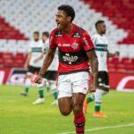 Flamengo vence Coritiba e está nas oitavas da Copa do Brasil