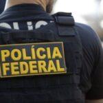 PF faz busca e apreensão na casa de governador investigado