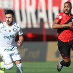 Palmeiras supera Atlético-GO pelo Brasileiro e vence a sétima seguida