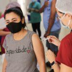 DF alcança recorde ao vacinar 76,9 mil pessoas no primeiro dia de mutirão