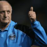 Na lanterna do Brasileiro, Grêmio acerta volta de Luiz Felipe Scolari