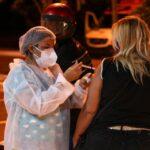 Goiânia abre vacinação para pessoas de 39 anos nesta terça-feira (13)