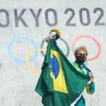 Pedro Barros conquista prata no skate park da Olimpíada