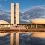 Depois de 75 dias de estiagem, volta a chover em Brasília
