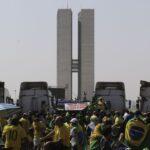 PMDF não consegue liberar Esplanada ocupada por bolsonaristas